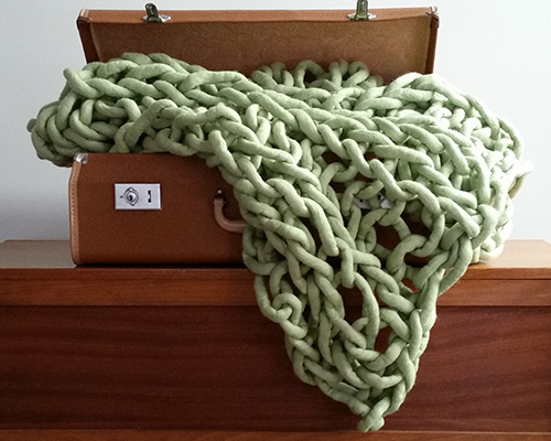 Megan Hellmrich's Peppermint Willow little throws - Nundle Woollen Mill customer